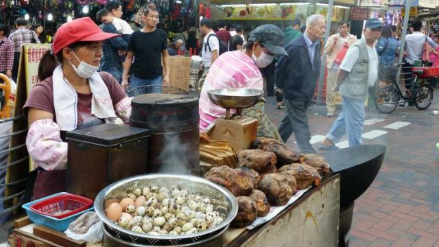 peceni kesten hong kong Foto Bernard Spragg