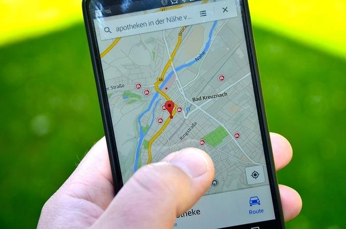 aplikacija za navigaciju google maps foto pixabay