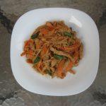 Internacionalna kuhinja: Nudle sa svinjetinom i kikirikijem