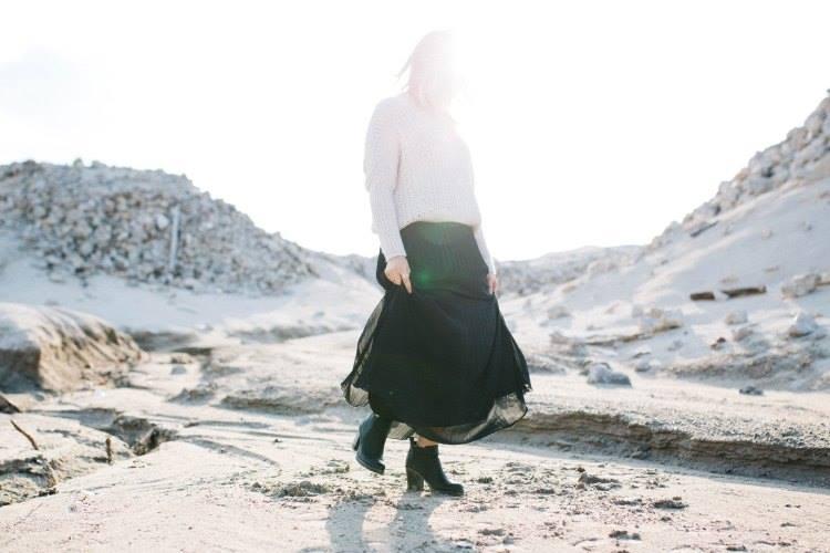 leprsava suknja plus dzemper