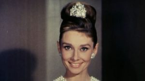 dorucak kod tifanija audrey hepburn foto video screenshot