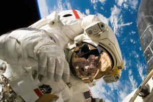 NASA astronaut Foto Pixabay