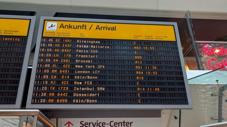 prvi-put-na-aerodromu-transfer-zona