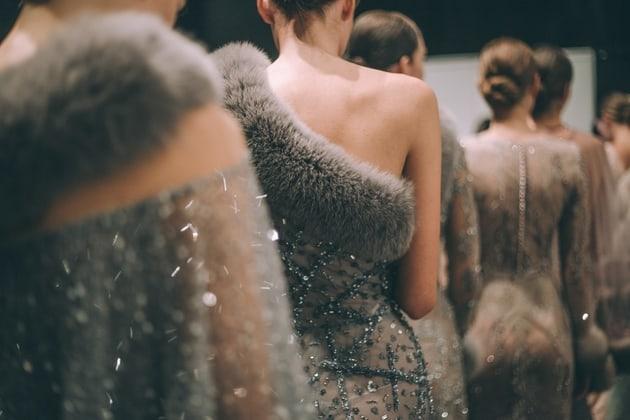 Humanitarna modna revija srpskih tekstilaca za Sigurnu kuću u Nišu